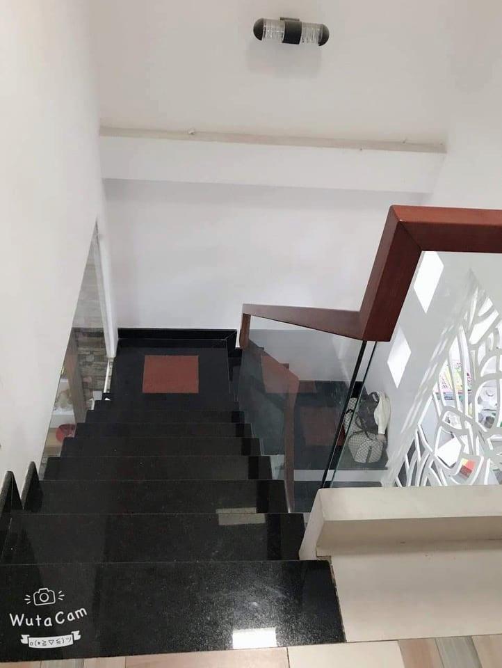Bán nhà Tân Bình